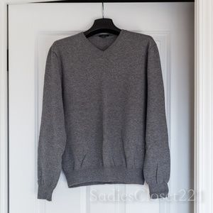 Men's J. Crew Gray V-neck Sweater Size S